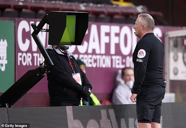 However, referee Jon Moss rescinded the red card after a VAR review on the pitch side monitor
