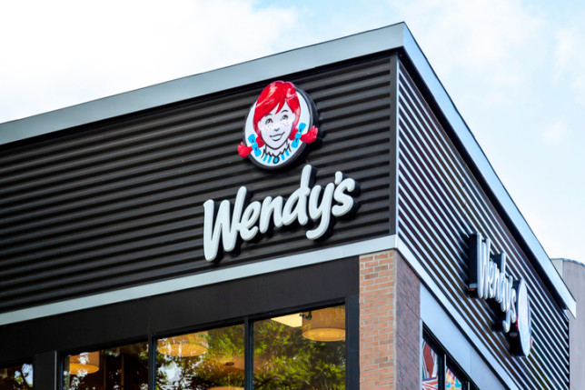 Sign of Wendy's restaurant in Niagara Falls, Ontario, Canada.