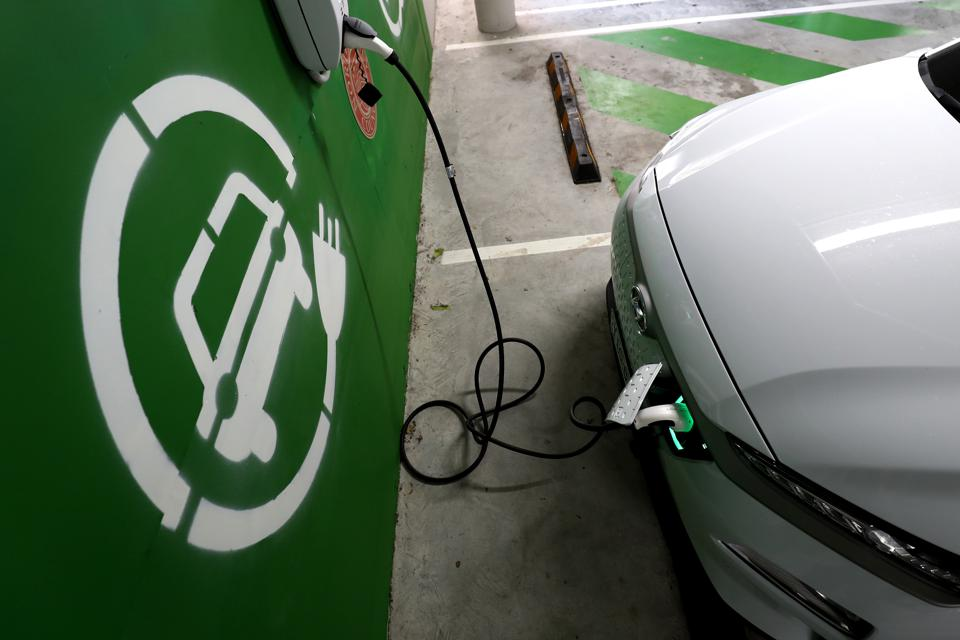 Italian startup Italvolt has announced the biggest EV battery factory in Europe.