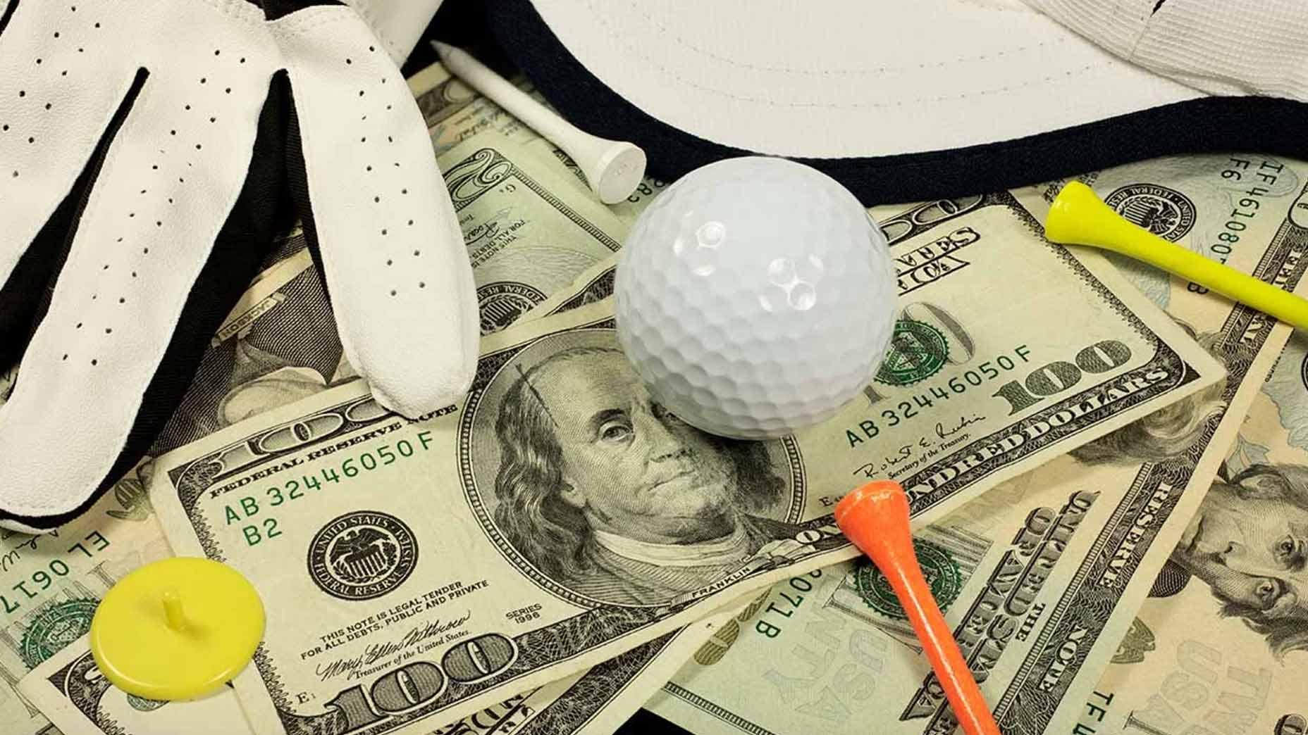 How to save money on golf trips.