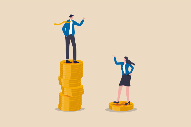 Cartoon woman on small pile of coins pointing up at cartoon man on much taller pile