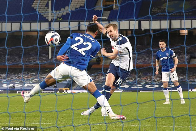 Kane scored his 30th and 31st goals of the season in Tottenham's 2-2 draw at Everton on Friday