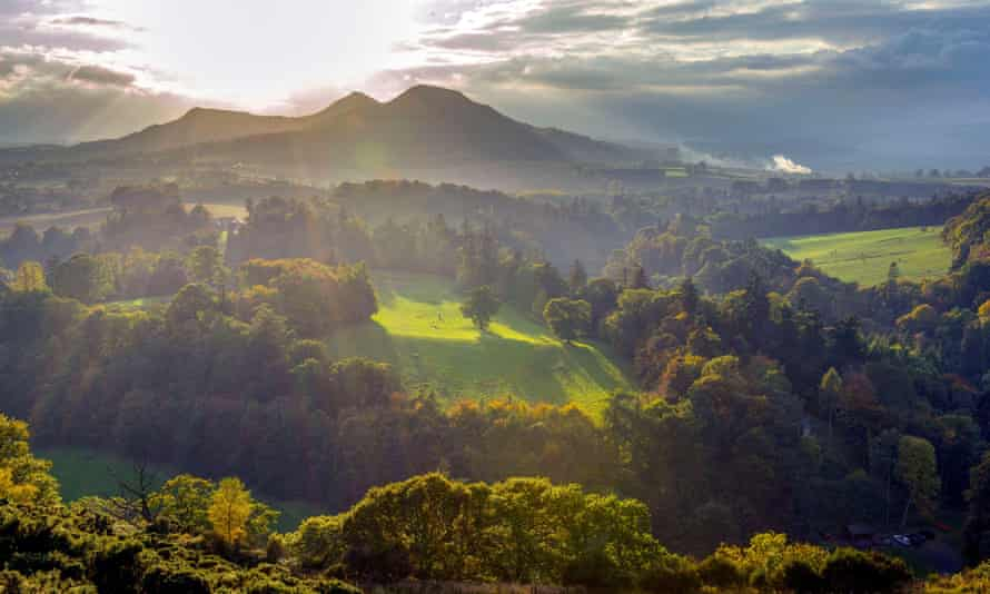 An image from Scott's View, a viewpoint in the Scottish Borders, overlooking the river Tweed and Eildon hills