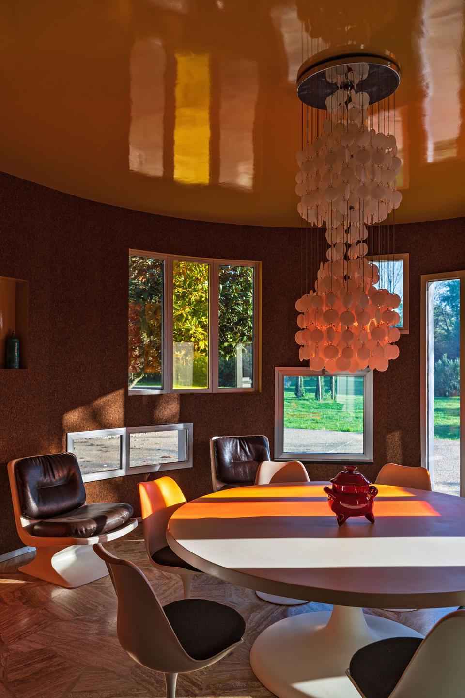 Inside the Villa Benkemoun