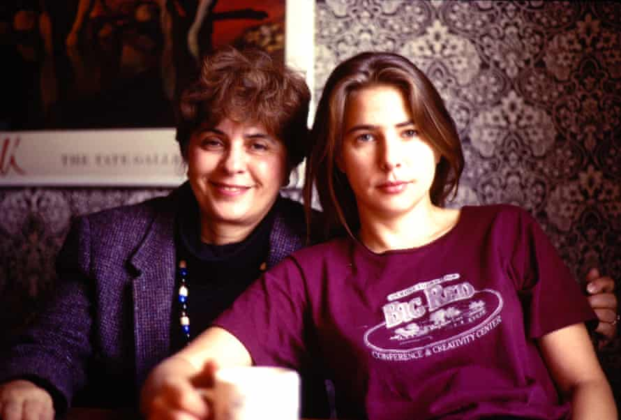Lionel Shriver with her mother in Belfast, 1989.