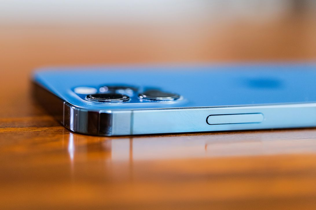 16-iphone-12-pro-2020