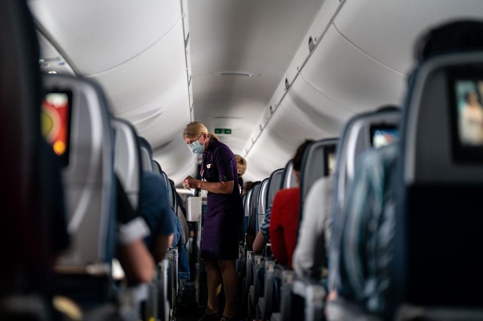 Delta Arlines flight from Regan National Airport to Minneapolis-Saint Paul International Airport