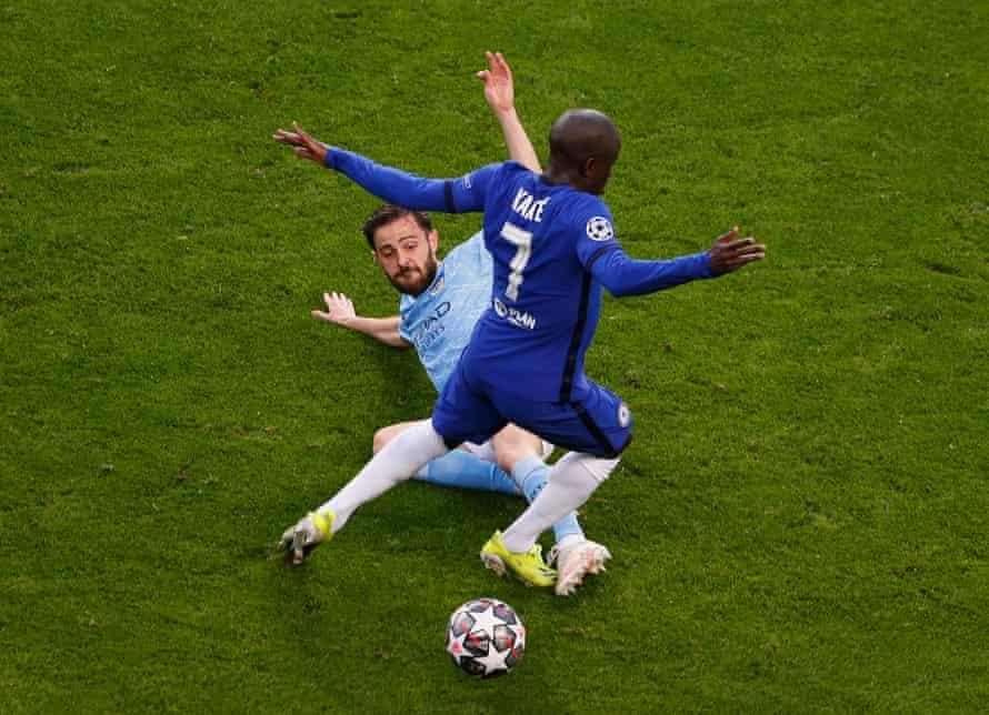 N'Golo Kanté is challenged by Bernardo Silva