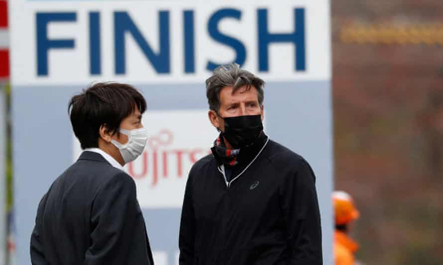 Sebastian Coe inspects the half-marathon test event for the Tokyo Olympics.