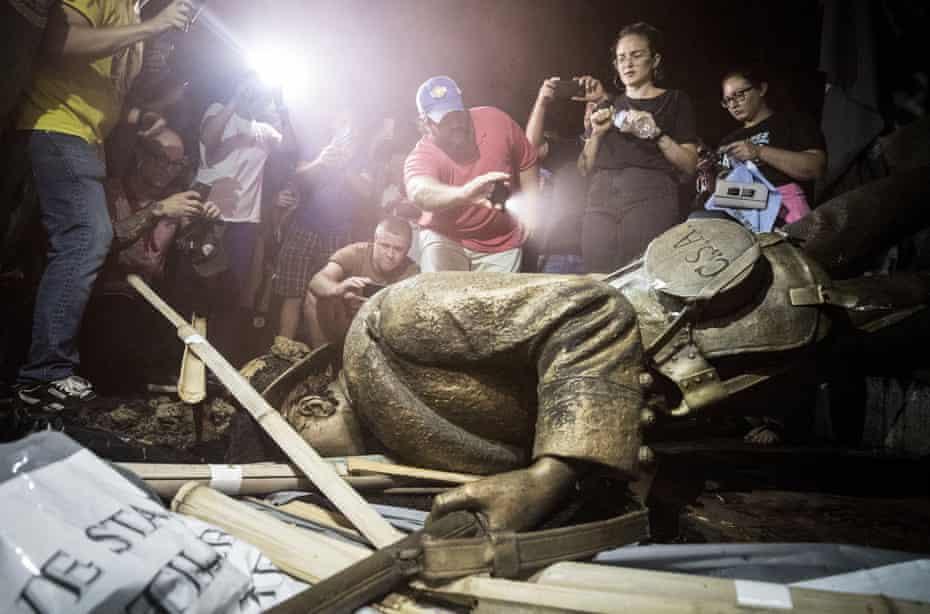 A toppled confederate statue in Chapel Hill, North Carolina in 2018.