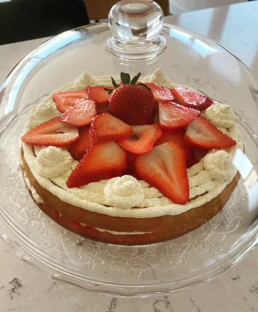 Caterina's yoghurt cake