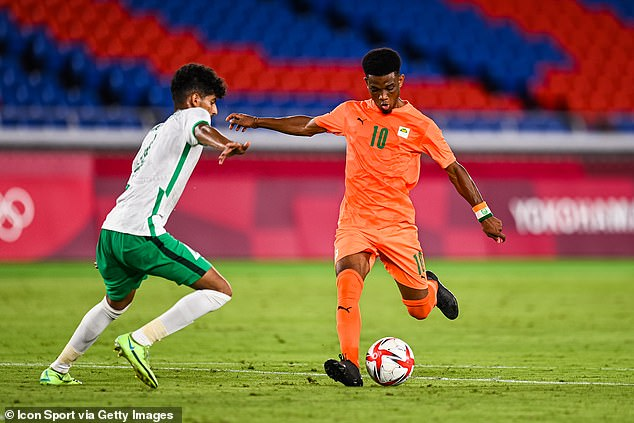 Manchester United winger Amad Diallo in action as the Ivory Coast beat Saudi Arabia 2-1