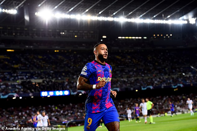 The Champions League heavyweight clash was played out in a flat 40,000 Camp Nou crowd
