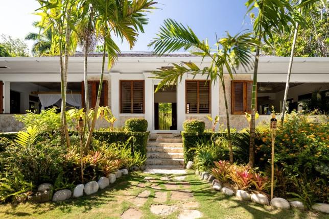 fleming villa entrance
