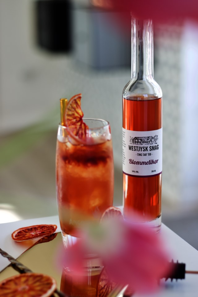 Cocktail med Blommelikør