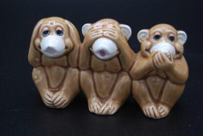 Horen,zien,zwijgen aapjes 2