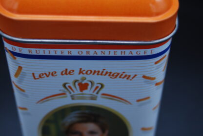 Blikje troonopvolging Beatrix-Willem Alexander