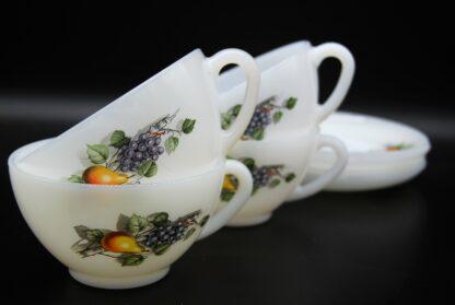 Kop en schotel voor thee of soep- Arcopal Fruits de France