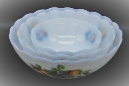 Vintage Arcopal schalen geschulpt