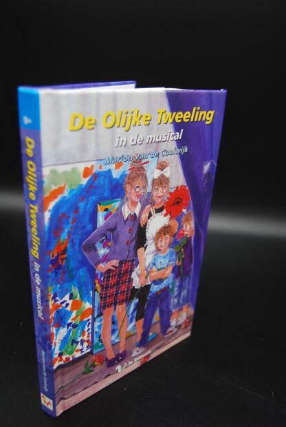 ISBN9789045414690- De Olijke Tweeling in de musical