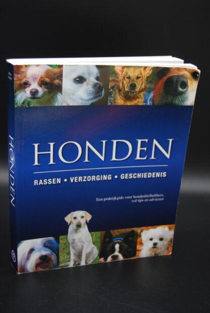 Handboek over honden-Honden Rassen Verzorging Geschiedenis-9781445409535