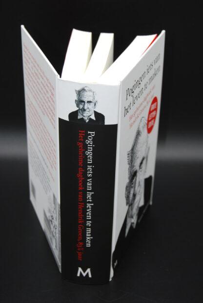 Pogingen iets van het leven te maken-Hendrik Groen-GROTE LETTER EDITIE-978902909043