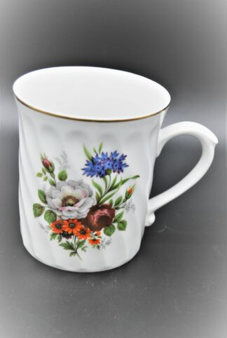 Porseleinen beker met bloemen, Original Bohemia