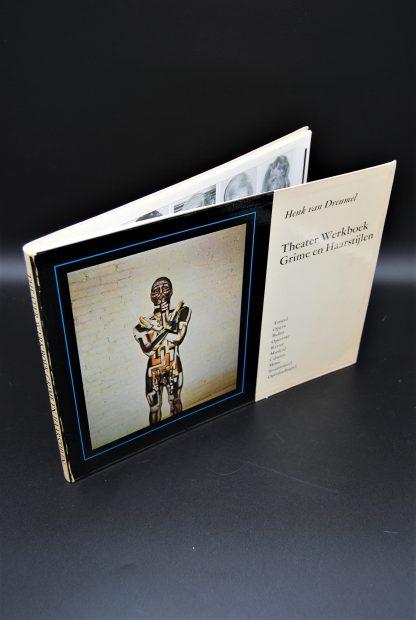 Theater Werkboek Grime en Haarstijlen- ISBN9061370428