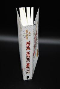 Iene Miene Mutte-ISBN9789022576229-Thriller