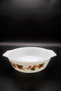 Vintage JAJ ronde ovenschaal 16 cm rozenbottel