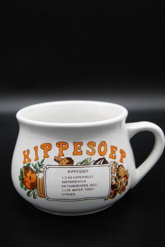 Vintage soepkom kippesoep met recept