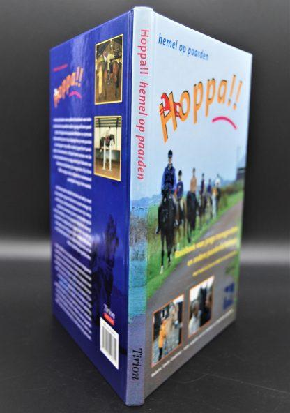 Basisboek voor jonge manegeruiters en andere paardenliefhebbers-Hoppa!!