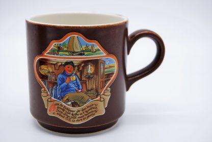 Boch beker met Siem de Schipper die Douwe Egberts koffie drinkt