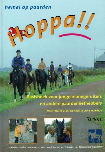 Hoppa!! - Basisboek voor jonge manegeruiters en andere paardenliefhebbers-Sandra Goudriaan