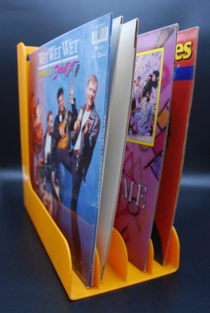 Oranje platenhouder LP's