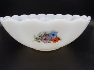 Arcopal Petunia (ook Liserons genoemd)-vintage servies