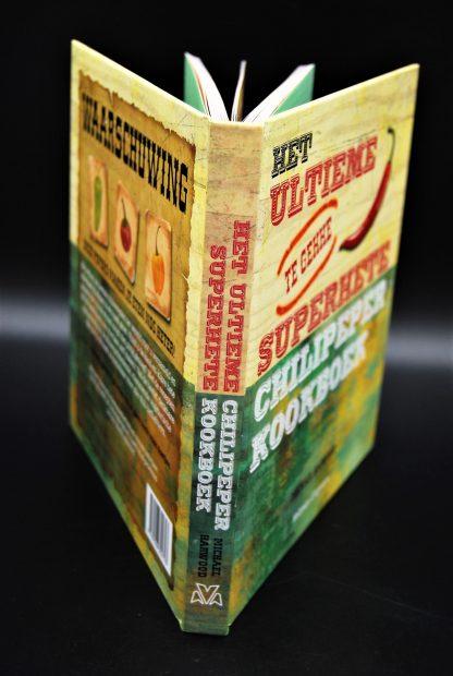 Het ultieme (te gekke) superhete chilipeper kookboek-Michael Harwood