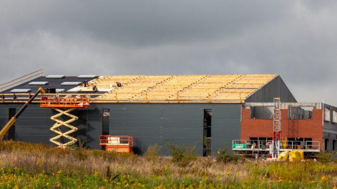 Dags för en taklagsfest på WILLBRANDTs nya lager och kontorsbyggnad
