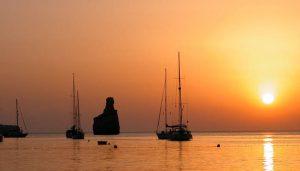 Baai van Benirras in Ibiza