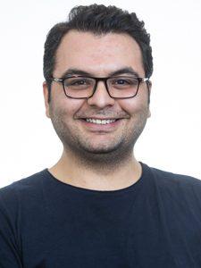 Ahmad R Motezakker