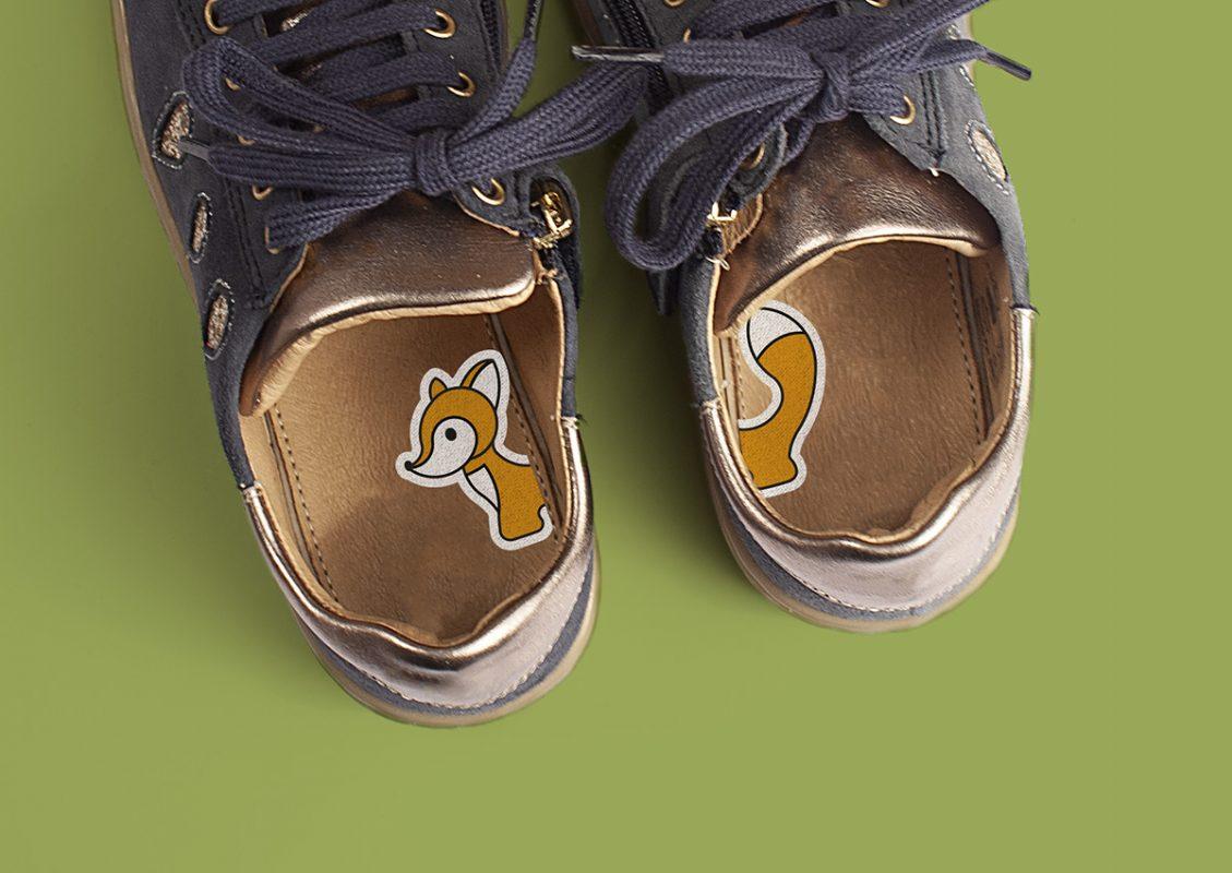 Een oplossing voor bananenvoeten: 1-2-Go! schoenstickers