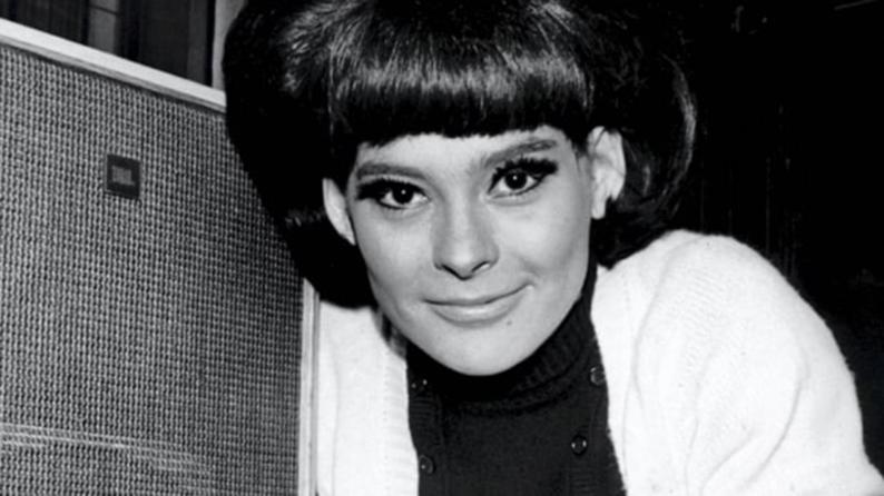 Pareltjes Xtra| Ulla Pia overleden op 75 jaar.
