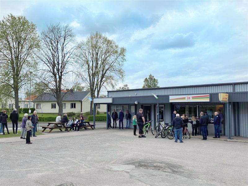 Den obemannade butiken i Vartofta har öppet dygnet runt.