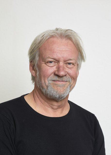 Jørgen Nielsen, booker