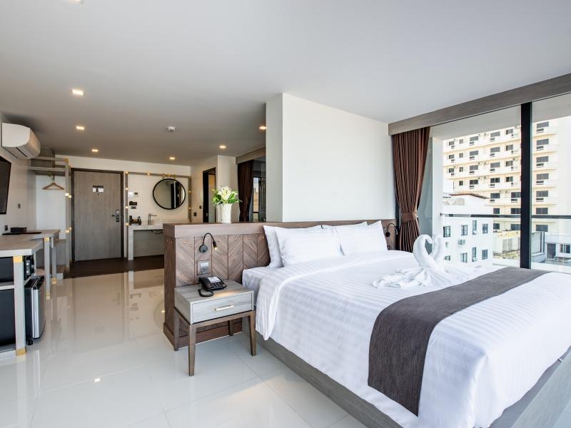 SOI 7 PATTAYA BLACKWOODS HOTEL SUITE SEA VIEW8
