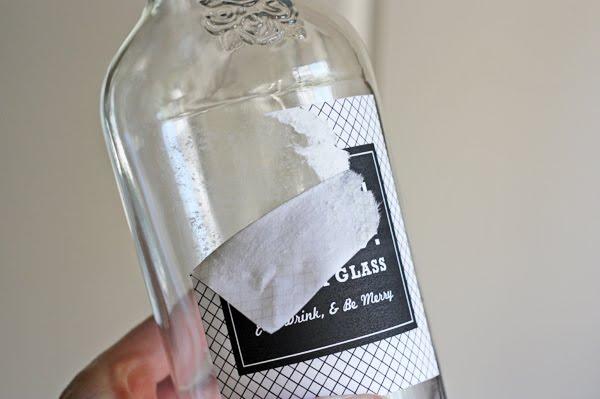 etichette con adesivo rimovibile