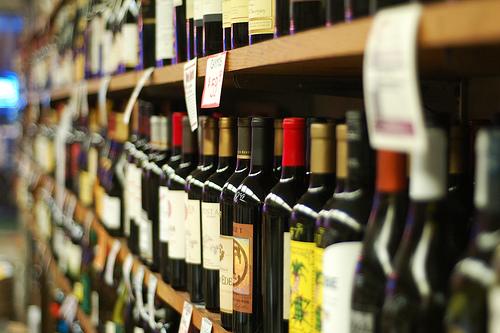 etichette adesive per bottiglie di vino e birra