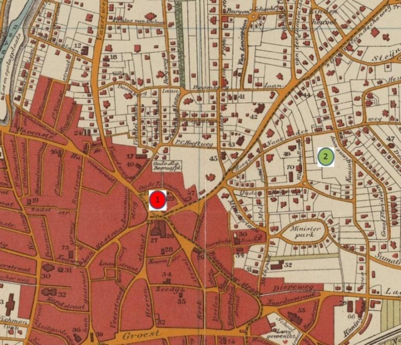 Plattegrond Hilversum met de oorspronkelijke locatie voor het raadhuis (1) en de uiteindelijke locatie (2), Wandelkaart van Hilversum (uitsnede), uitgegeven door J.S. Mulder & Co, 1912, Streekarchief Gooi en Vechtstreek te Hilversum, Inventarisnummer SAGV077-6.