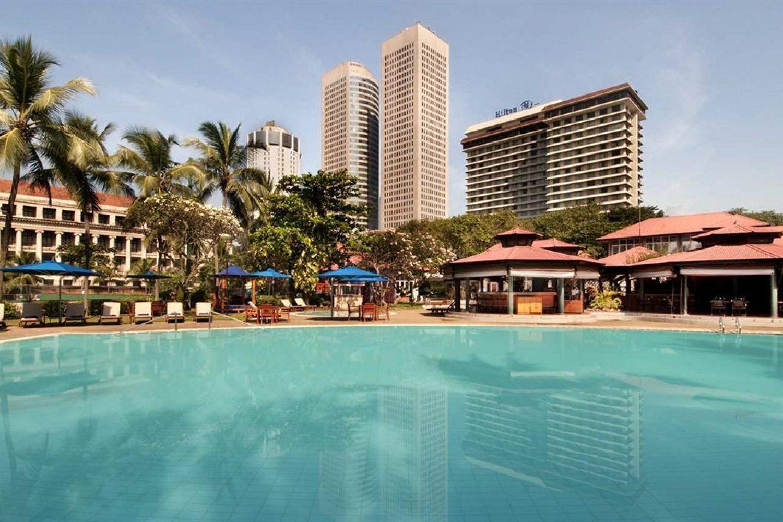 Hilton Hotel Colombo Pool