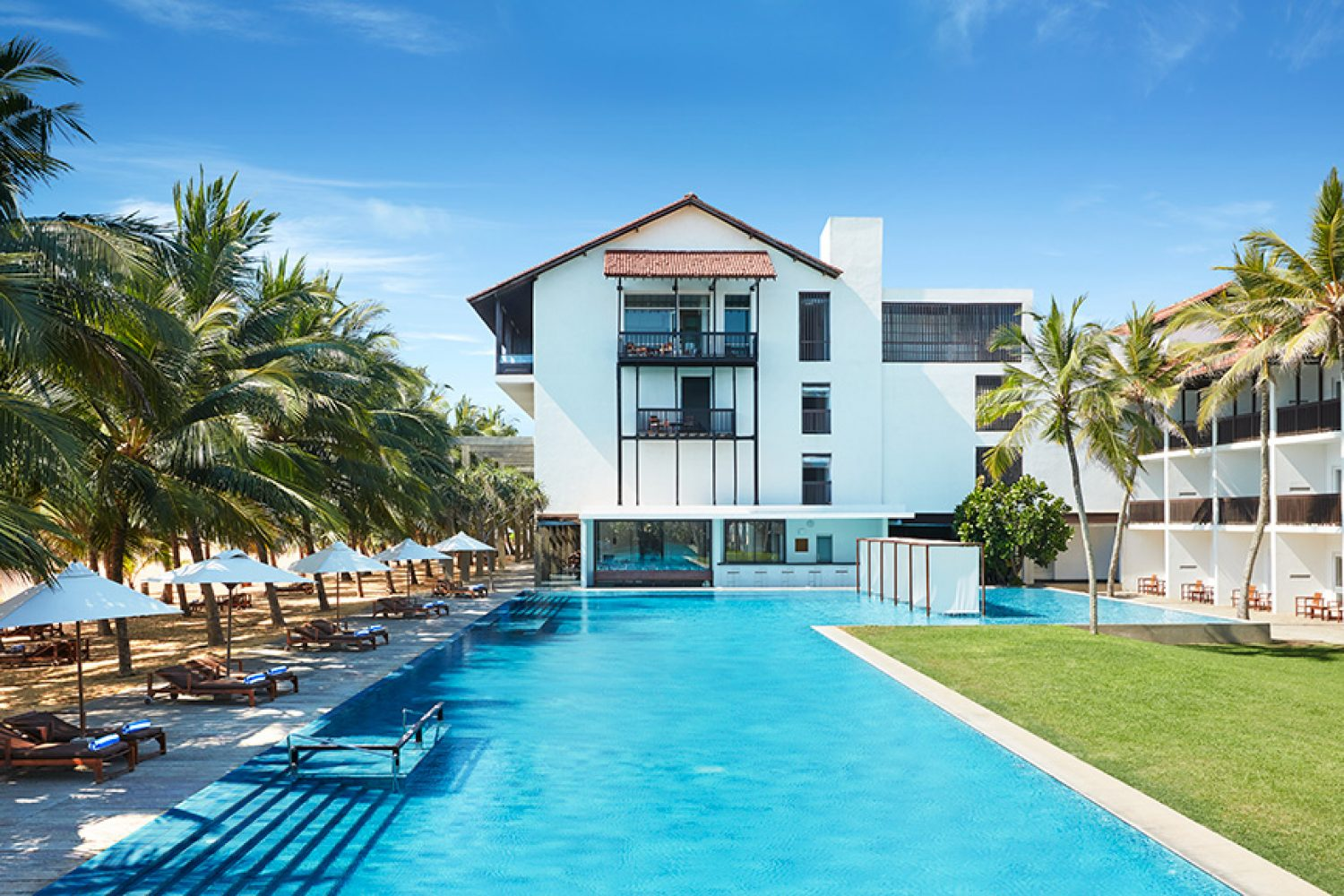 Jetwing BLUE Negombo Sri Lanka Pool